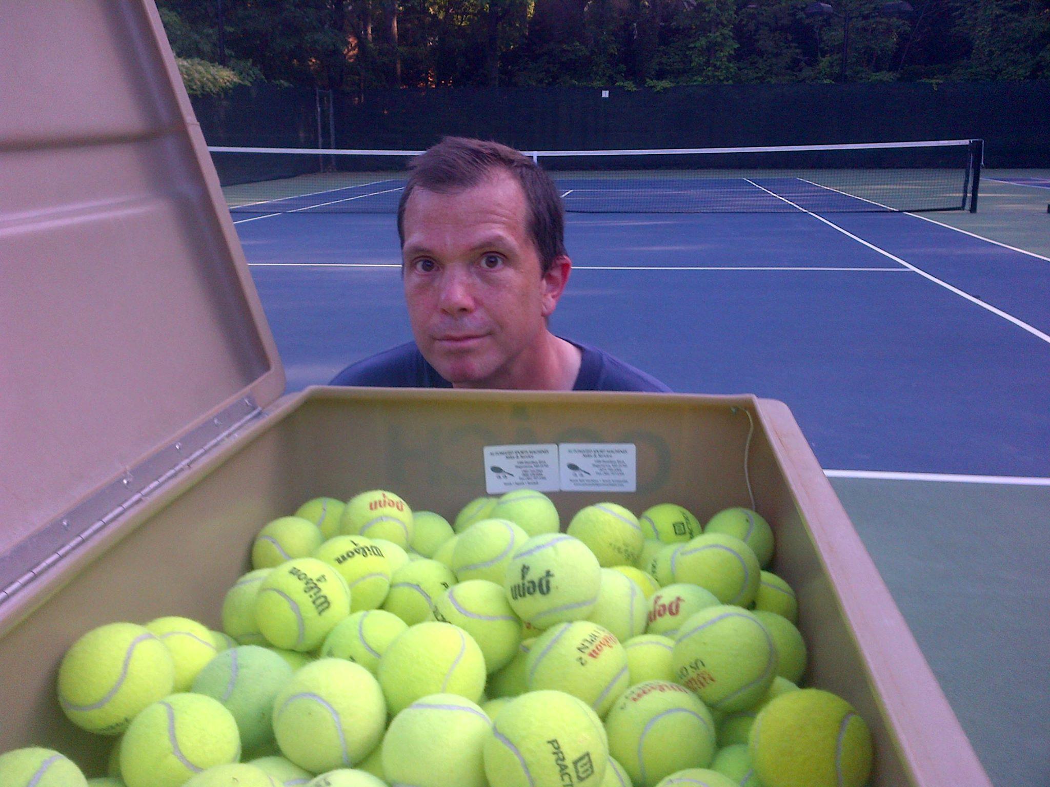 Dmh tennis balls