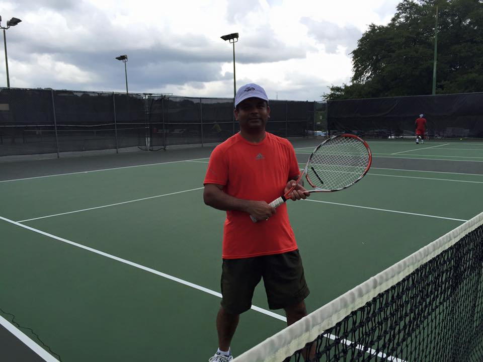 Self tennis