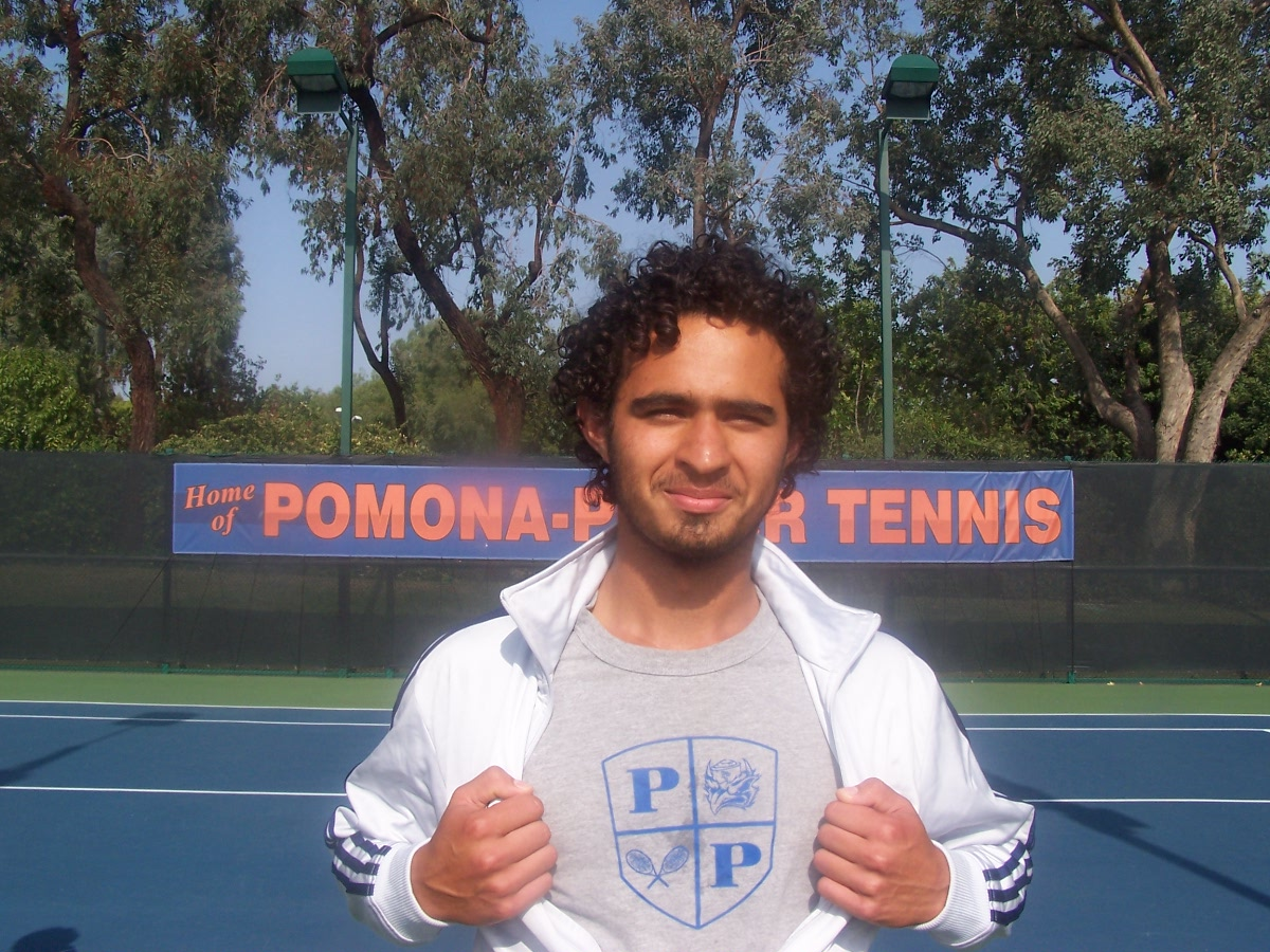 Pomona_tennis_senior_send-off_pic