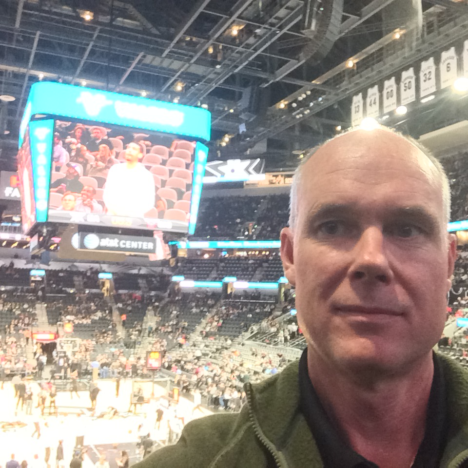 Me_at_spurs_game